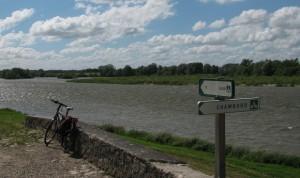 Biking Chambord-Blois