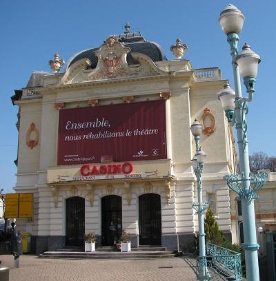 Casino Theater at Chatel-Guyon. Photo GLK.