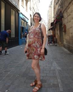 FR Pregnant Parisian