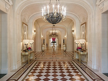 Lobby Of The Shangri La Hotel Paris Photo Markus Gortz