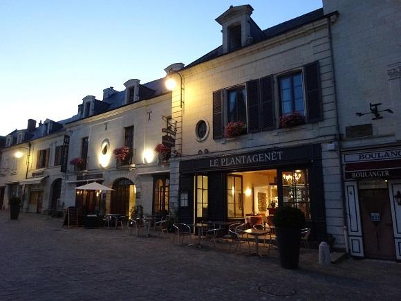 FR8-Fontevraud Hotel La Croix Blanche-GLK