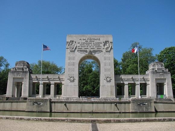 Escadrille La Fayette Memorial in Marnes-la-Coquette, near Paris. Photo GLK.