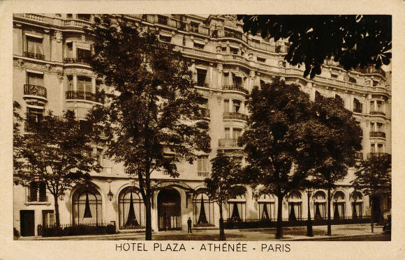 Hotel Plaza Athenee - Facade -FR
