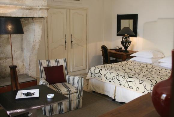 Room at L'Oustau de Baumanière.