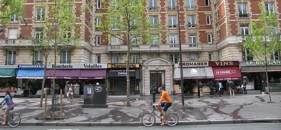 Marché Maubert, 5th arrondissement, Paris. Photo GLK.