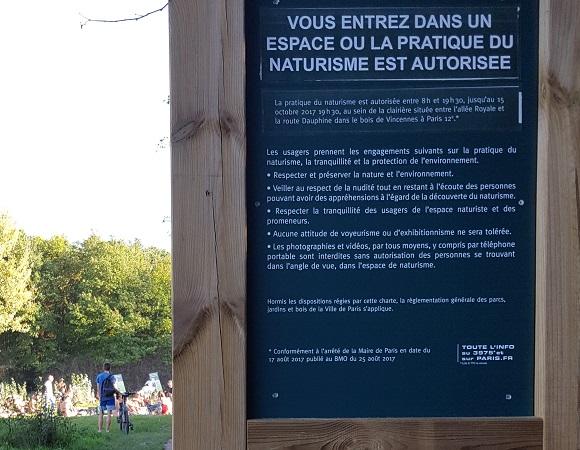 Nudism in Paris sign, Vincennes