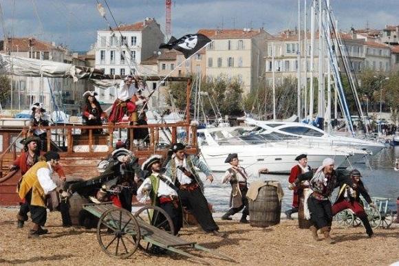 Partying like it's 1720. Photo OT de La Ciotat.