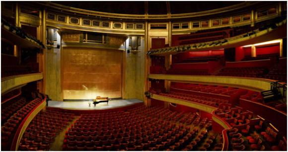 Théâtre des Champs-Elysées, interior.