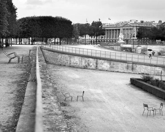 Tête à tête, Tuileries Garden, 2012. E. Prudhomme